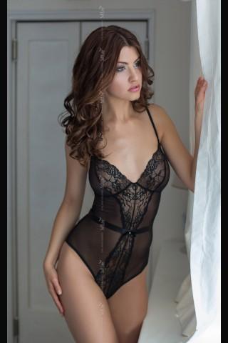 Секси дантелено разкриващо боди с гол гръб на Soft Line Collection