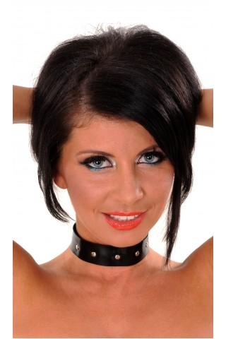 Латексова верижка за врат със метални нитове
